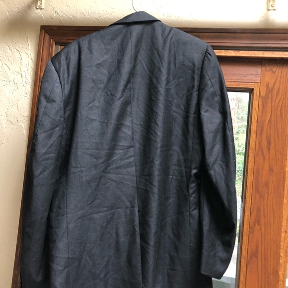 Hickey Freeman Other - Around a 44 long suit jacket